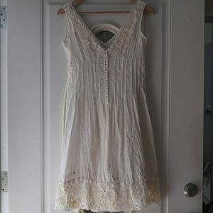 Worn 1x European 100% Cotton Embroidered Dress